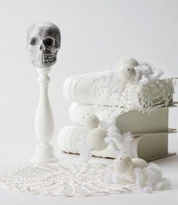 white halloween skull